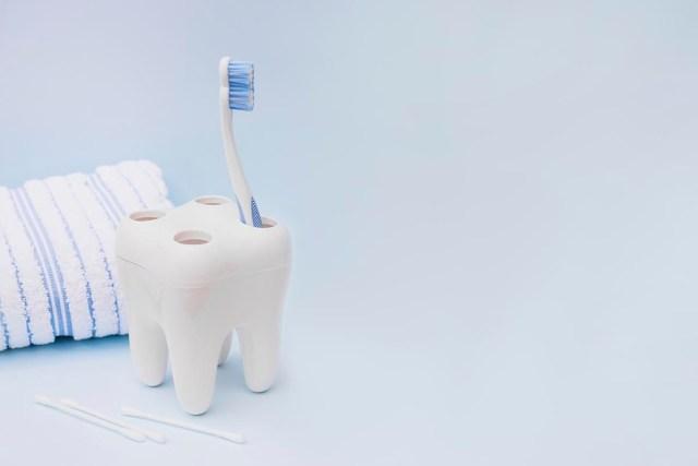 Ensure good oral hygiene