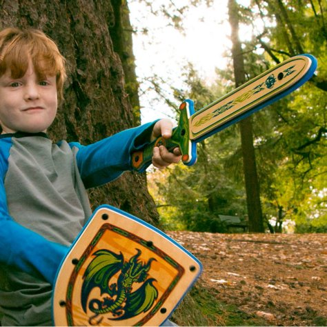 https://i2.wp.com/www.internetvswallet.com/wp-content/uploads/2017/03/Wooden-Sword-and-Shield-Play-Toys-For-Kids1.jpg?resize=474%2C474