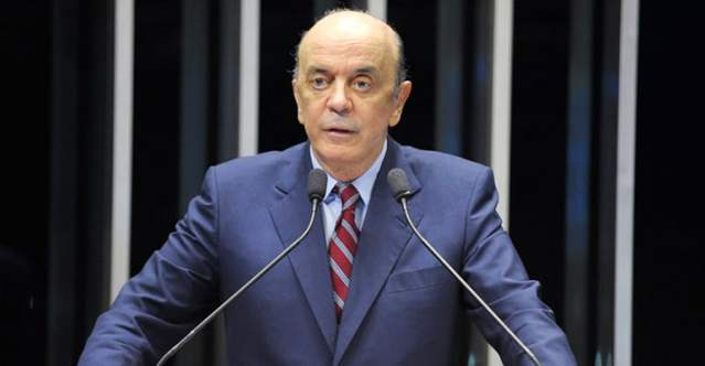 José Serra, no Senado. Dívida Pública