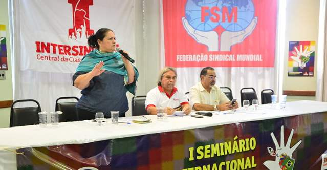"""""""O assassinato de Marielle não é uma questão local"""", diz Berna Menezes"""