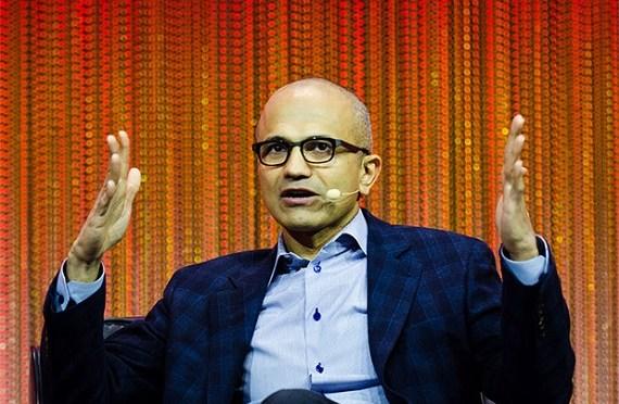 Satya Nadella es el nuevo CEO de Microsoft y Bill Gates abandona la presidencia de la compañía