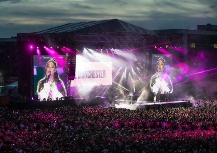 ariana_grande_concerto_manchester