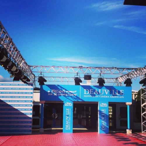 Deauville, restaurants, luxe, hôtels, hôtel, cafés, terrasses, shopping, boutiques, Normandie, cinéma, festival, été, tourisme, vacances