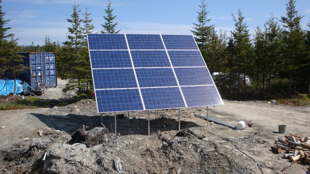 3200 Watt Solar Array