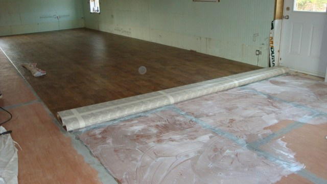 Laying Vinyl Floor