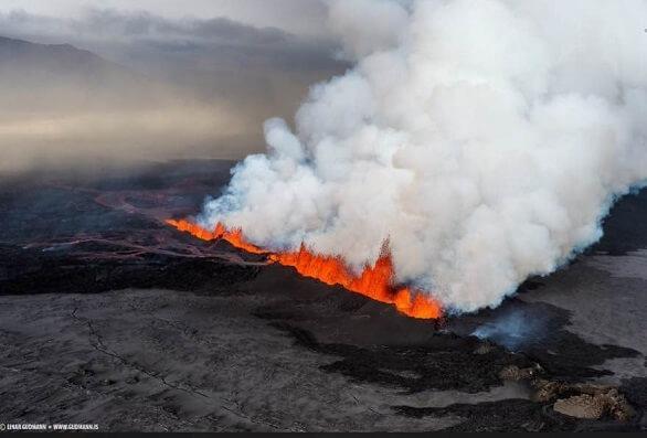 Vulcano Fessurale