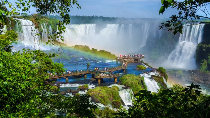 Argentina vs Brazil  Which side of the Iguazu Falls should you     Iguazu Falls Argentina