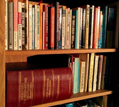 Bookshelfcrop
