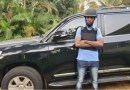 Impano y'imodoka y'umutamenwa yahawe Bobi Wine yamushyize mu bibazo