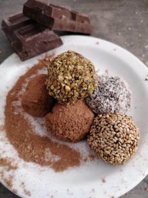 Tartufi al cioccolato piccante e cannella