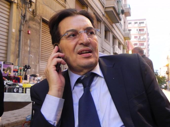 """""""Esultate siciliani!! Il nobel per l'economia a Crocetta!"""""""