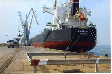 """VD/F. Busalacchi: """"Fermeremo le navi cariche di grano estero che arrivano in Sicilia"""""""