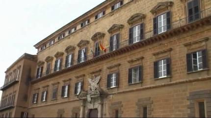 Figuccia: emendamento per tutelare tutti i lavoratori della Formazione siciliana