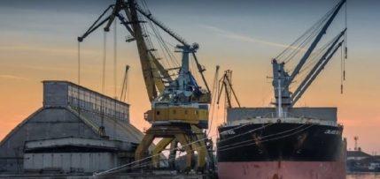 Ferragosto a Pozzallo con una bella nave da 3 e 500 tonnellate di grano duro!