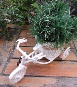 Imagen - Bicicleta Blanca con Guirnalda y Luciernaga LED - Tamaño completo
