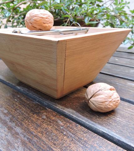 Foto 1 - Kit cascanueces bamboo, foto de perfil.