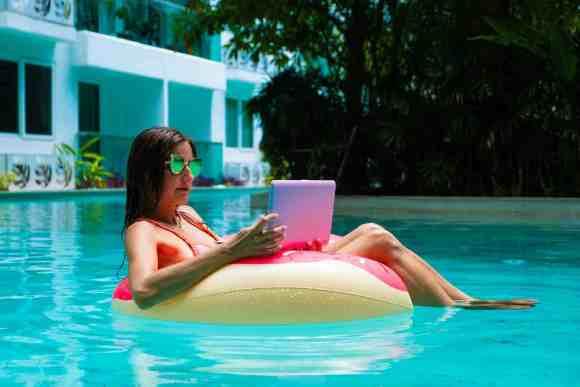 programmazione-dei-social-post-in-estate-inveneta-blog
