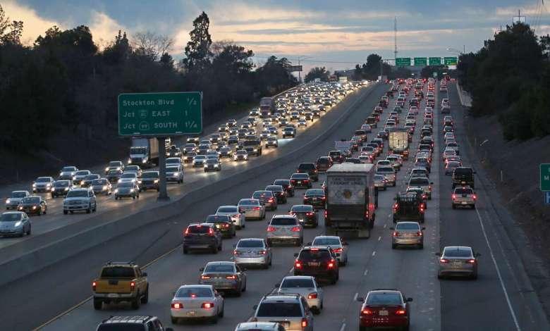 180416 traffic highway ac 853p