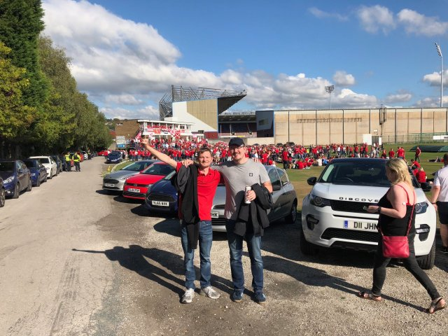 @Kilkito - Just arrived at Burnley cricket ground #standfree