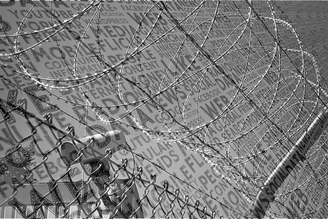 Amid Communications Blockade, Kashmiri Journalists Report via Alternative Indian and International Media