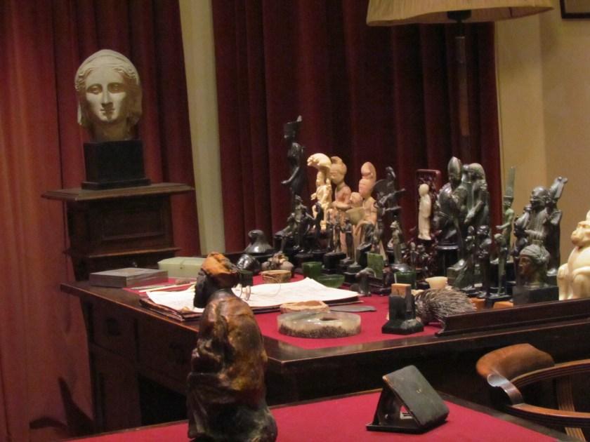 Freud Museum, desk