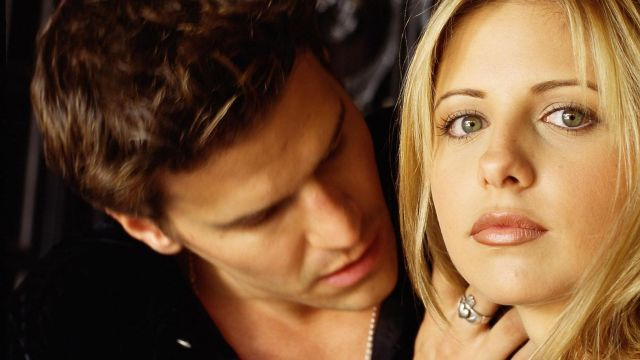 sarah-michelle-gellar-david-boreanaz-bei-buffy