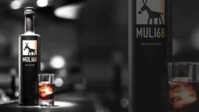 Muli68 Kraueterlikoerflasche