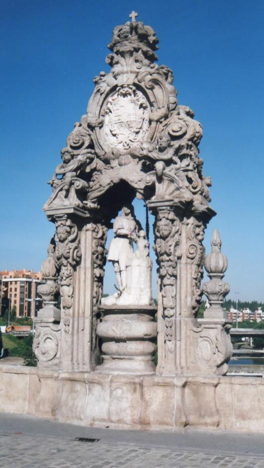 Pedro de Ribera: Hornacina con San Isidro en el Puente de Toledo de Madrid.