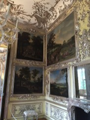 Decoraciones del Gabinete con pinturas encastradas en el Amalienburg.