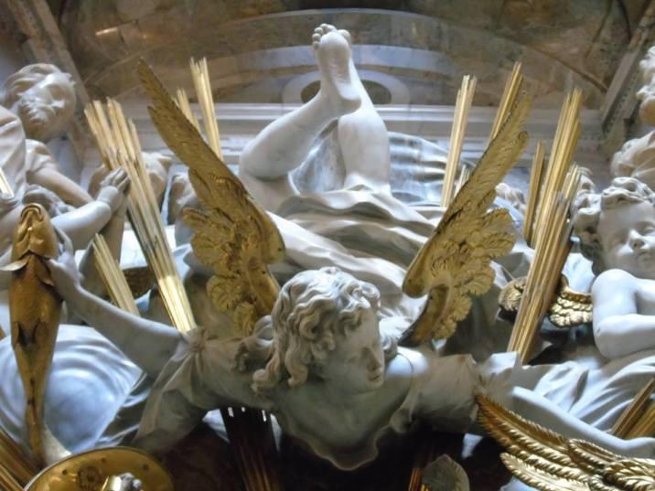 Detalle de las decoraciones del Transparente. Foto: Laberintos del Arte