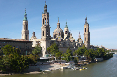 Vista actual del Pilar de Zaragoza. Wikimedia Commons.