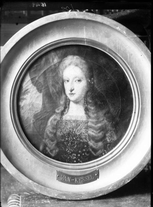 Jan Van Kessel II: Mariana de Neoburgo. Fototeca Nacional. En la actualidad Colección Abelló.
