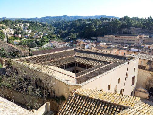 Vista del Colegio de San Jaime y San Matías, Tortosa (por Enric vía Wikimedia).