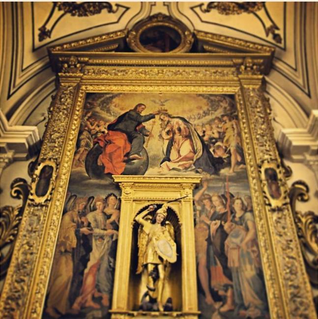 Bernado Lama. Coronación de la Virgen y los Siete Arcángeles. 1594. Colegiata de San Miguel de Solofra. Italia.