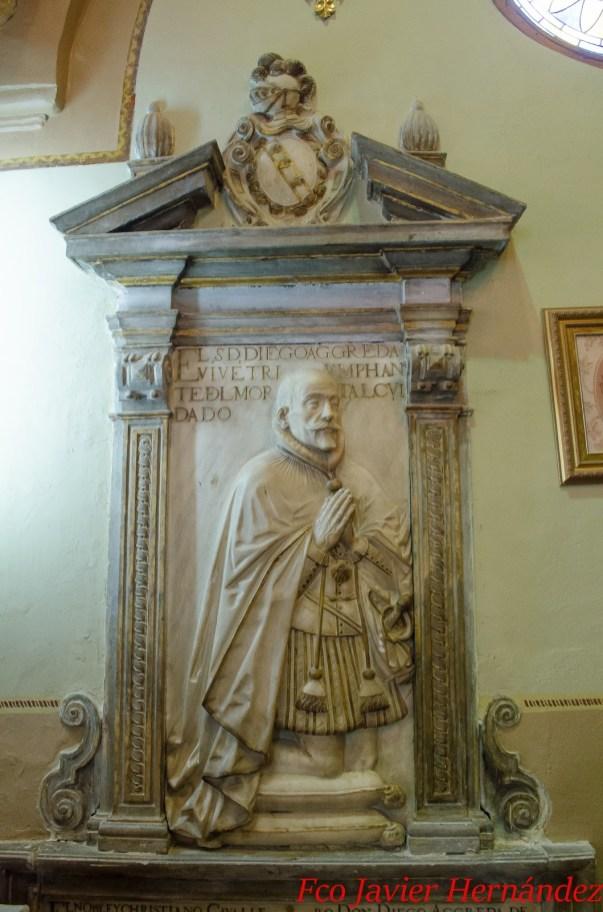 Retrato de Don Diego de Ágreda y Vargas en el Cenotafio de la capilla de los Ágreda en el Convento de Santa Inés. Foto: Francisco Javier Hérnandez, blog Heráldica y Genealogía Granadina.