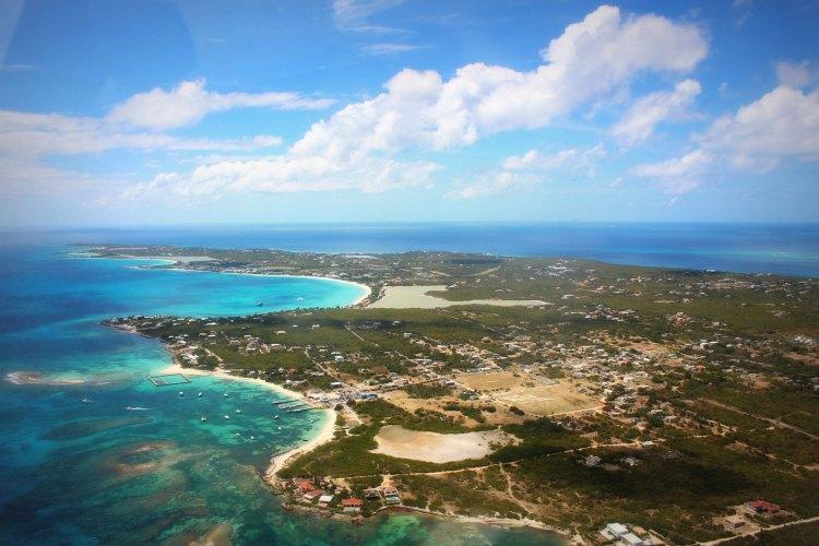 Vue aérienne de l'île d'Anguilla