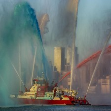 Big new FDNY fireboat helps celebrate the 4th of July for Expat Record