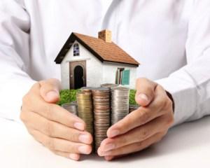 https://i2.wp.com/www.investorlawyers.net/blog/wp-content/uploads/2017/08/15.6.10-moneyand-house-in-hands.jpg?resize=300%2C240&ssl=1
