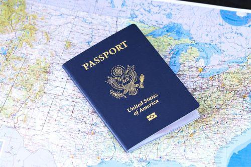 Cosa fare se si smarrisce il passaporto all'estero?