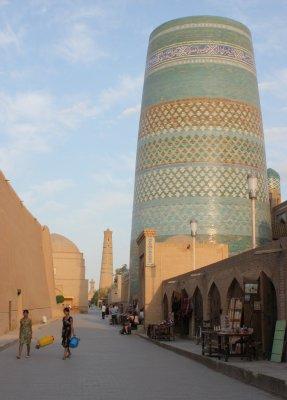 Viaggio in Uzbekistan, Minareto Kalta Minor a Khiva (Uzbekistan)
