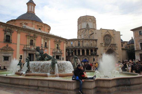 Viaggio a Valencia, Plaza de la Virgen (Spagna)