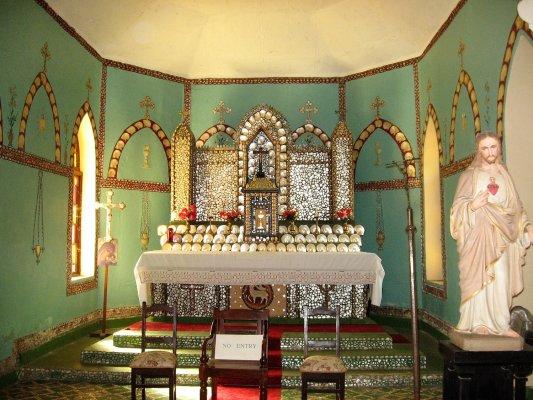 Viaggio in Australia, chiesa del Sacro Cuore a Beagle Bay (Western Australia, Australia)