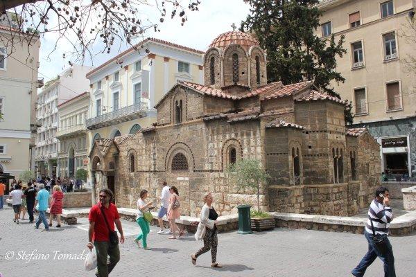 Viaggio ad Atene, Kapnikarea, piccola chiesa in stile bizantino (Grecia)