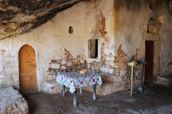 Grotta Orso penisola Akrotíri Creta