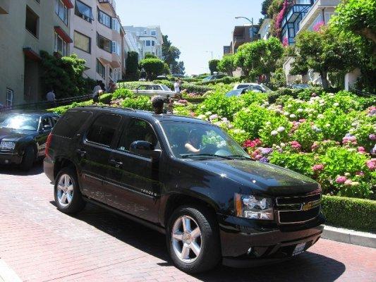 Discesa auto Lombard Street San Francisco