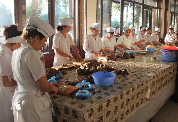 Cuoche del National Food di Tashkent in Uzbekistan