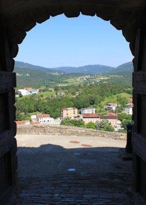 Una veduta del borgo nuovo di Buzet (Pinguente) in Istria