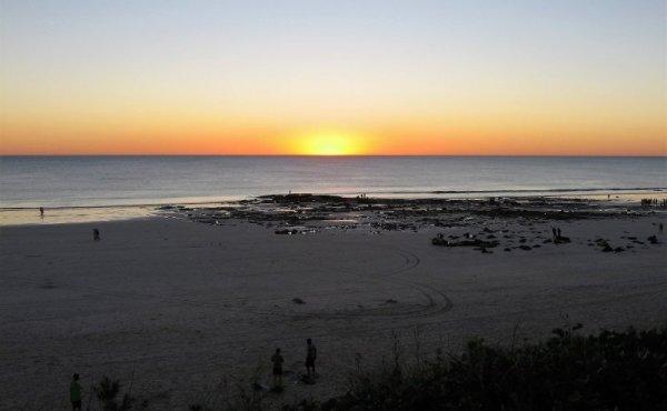 Tramonto su Cable Beach a Broome in Australia