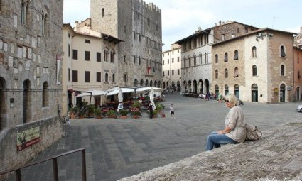 Piazza Duomo Massa Marittima