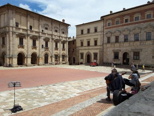 Piazza Grande Montepulciano Toscana
